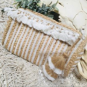 Shiraleah - woven, jute clutch with fringe